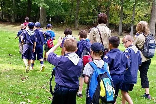 cub-scouts_hike
